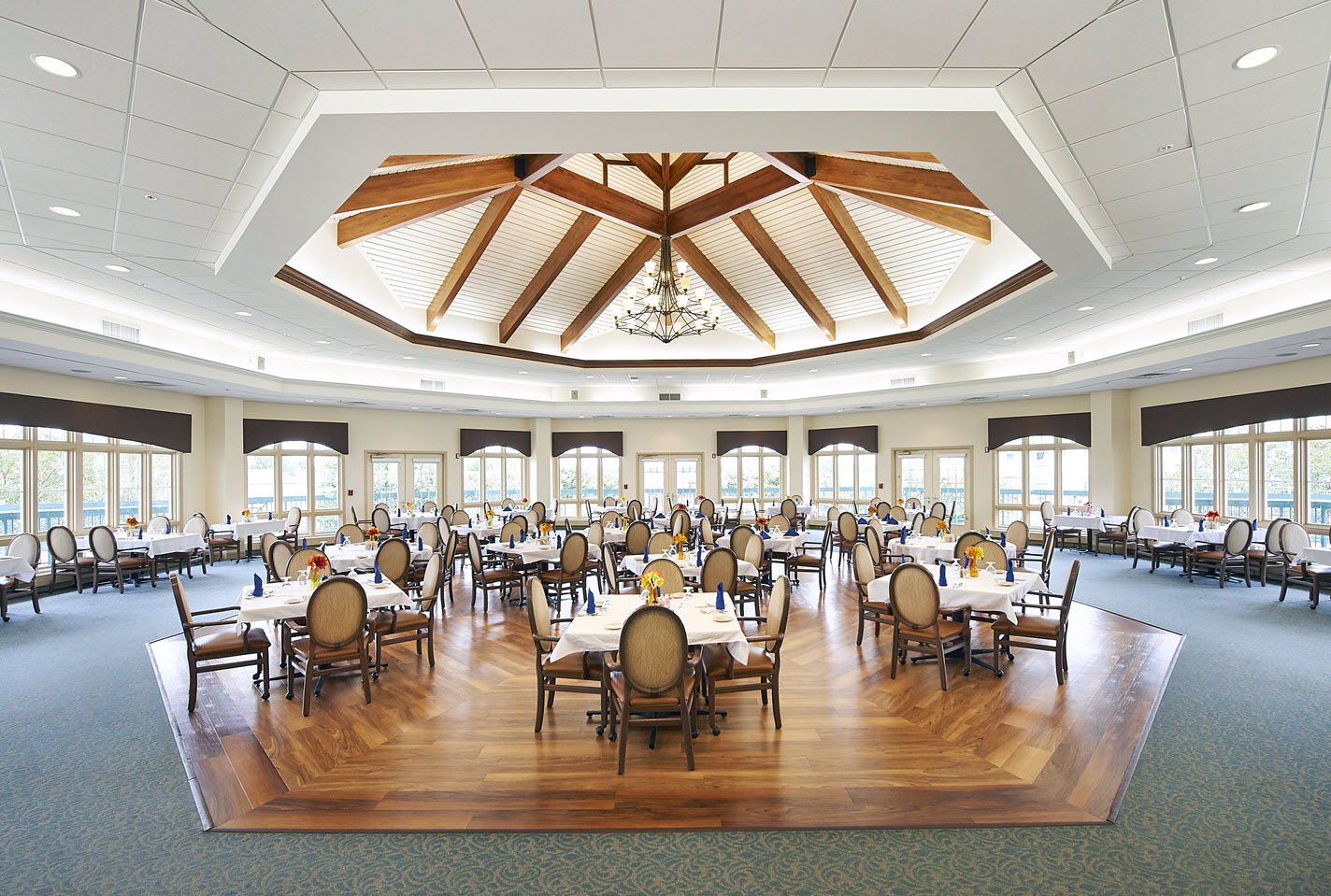 large dining area at riverview restaurant