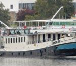 Iris barge