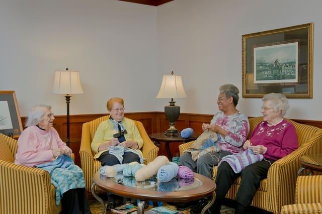 seniors using yarn