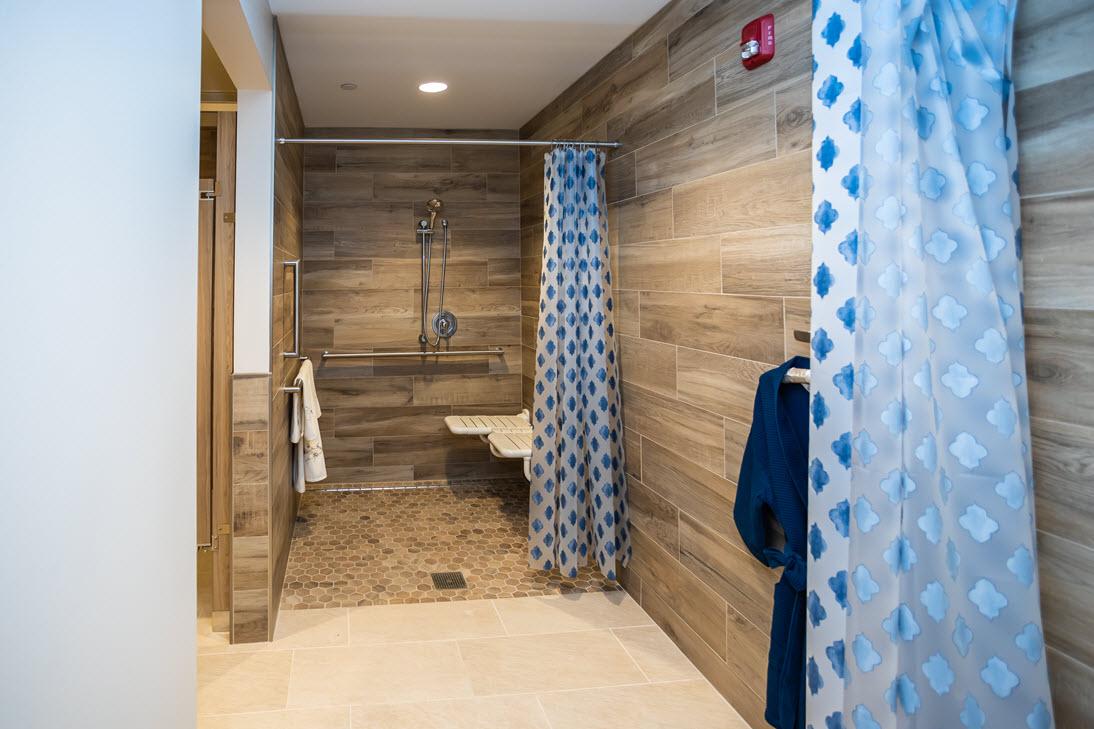 shower stalls at aquatic center