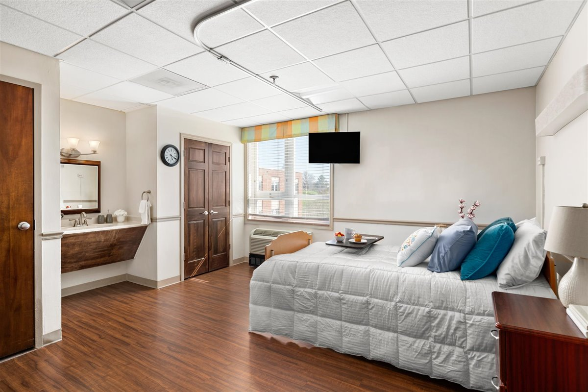 private skilled nursing suite at Asbury Place Maryville in Tennessee