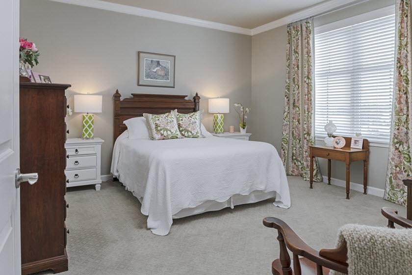 bedroom of riverwoods apartments