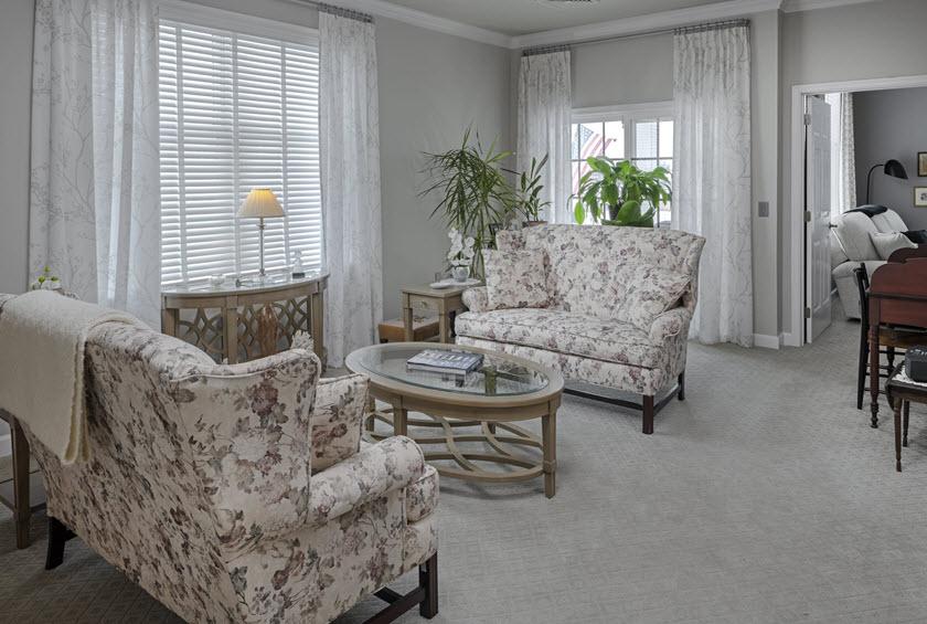 Asbury RiverWoods senior apartment living room