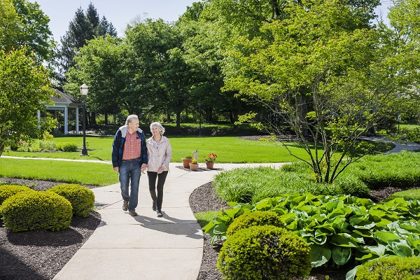 residents walking the paths at riverwoods